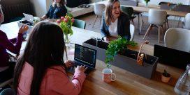 Jakie są korzyści z wynajęcia firmy sprzątającej biura?